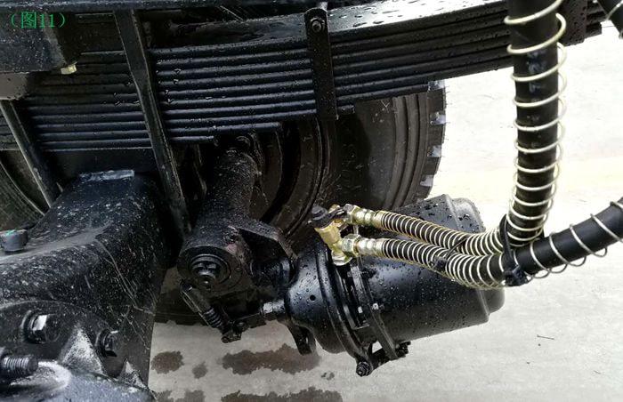 东风天锦10吨油罐车自动调整臂图片