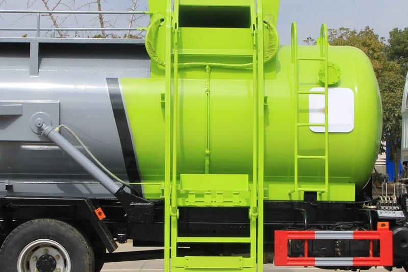 东风D7餐厨式垃圾车上料机构图片